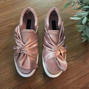 Steve Madden blush slip on shoes